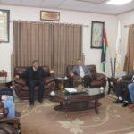 رئيس البلدية يلتقي اعضاء الهيئة الادارية للنادي الاهلي