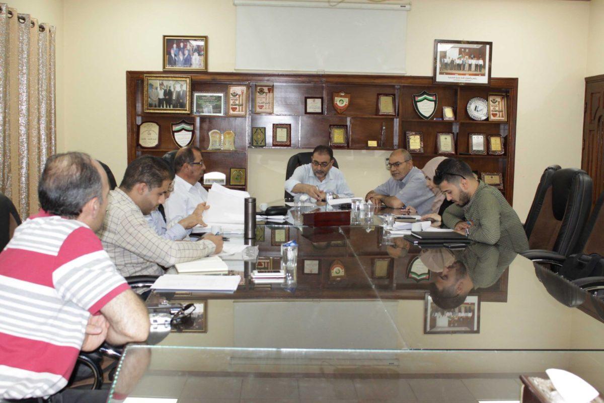 ورشة عمل لتقدير قدرات المجلس المشترك للنفايات الصلبة في المحافظة