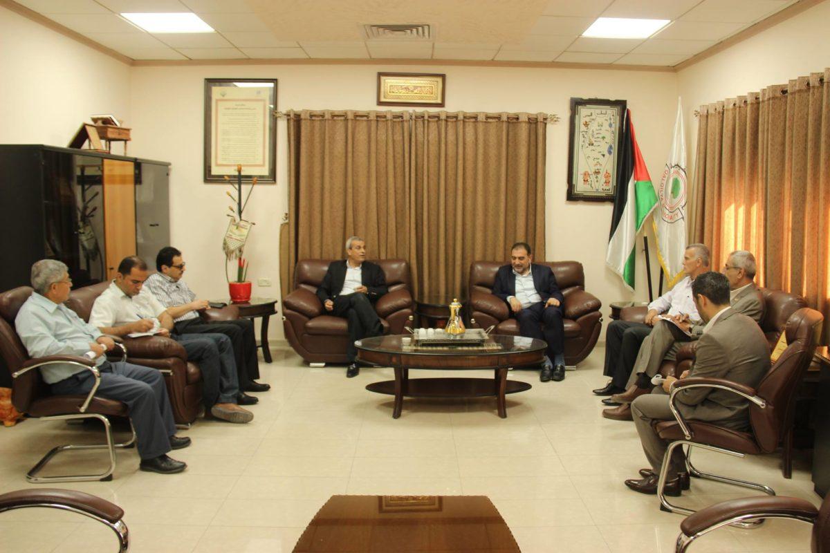 رئيس بلدية قلقيلية د. هاشم المصري يلتقي محافظ محافظة قلقيلية اللواء رافع رواجبه