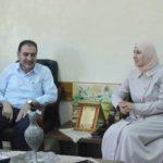 د. هاشم المصري رئيس بلدية قلقيلية يكرم المعلمين الحائزين على جائزة الانجاز والتميز على مستوى الوطن