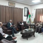رئيس البلدية د. هاشم المصري يلتقي في مكتبه مدير عام مديرية الحكم المحلي