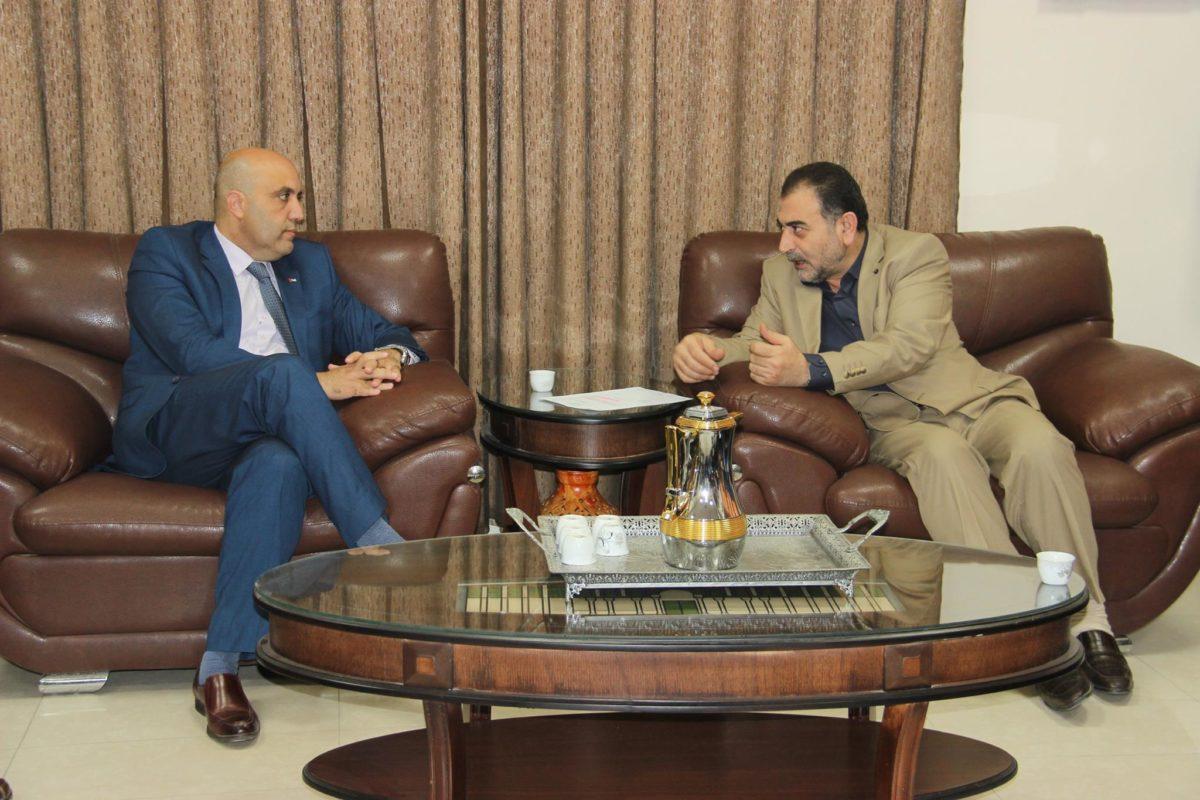 رئيس بلدية قلقيلية د. هاشم المصري يلتقي بوفد من وزارة العمل
