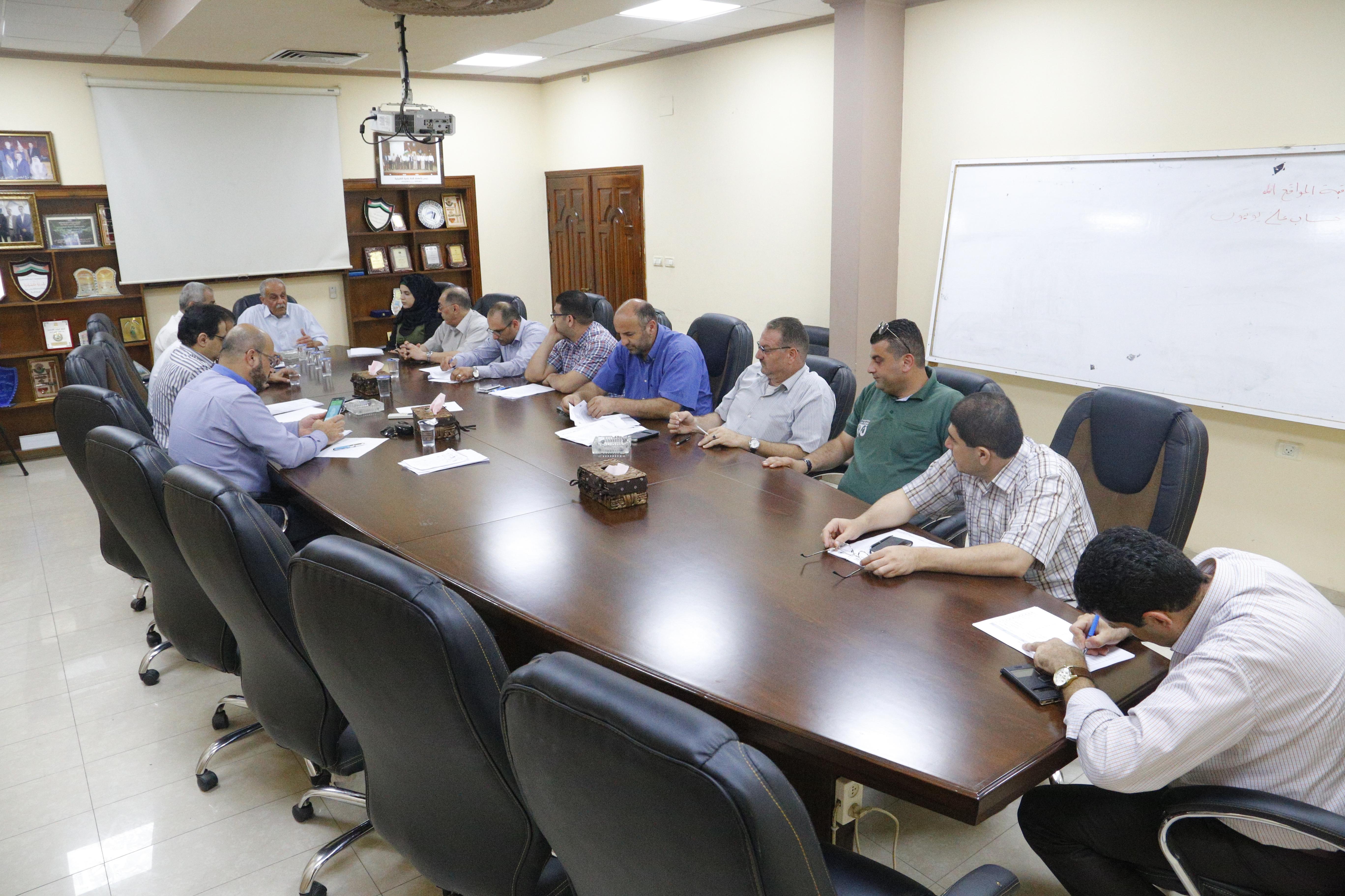 اجتماع المجلس الاقتصادي للتنمية المحلية