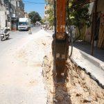 مواصلة الأعمال في مشروع تأهيل شبكة الصرف الصحي في مدينة قلقيلية