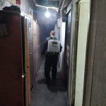 بلدية قلقيلية تواصل اعمال تعقيم مؤسسات المدينة