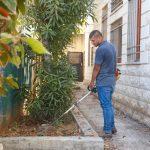 اعمال تعشيب وتقليم اشجار في  مدرسة الشهداء