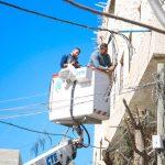 اعمال صيانة على شبكة الكهرباء