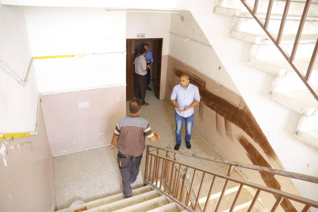 بلدية قلقيلية توفر مبنى بديلا لمدرسة السعدية الثانوية لتجنب الدوام المسائي