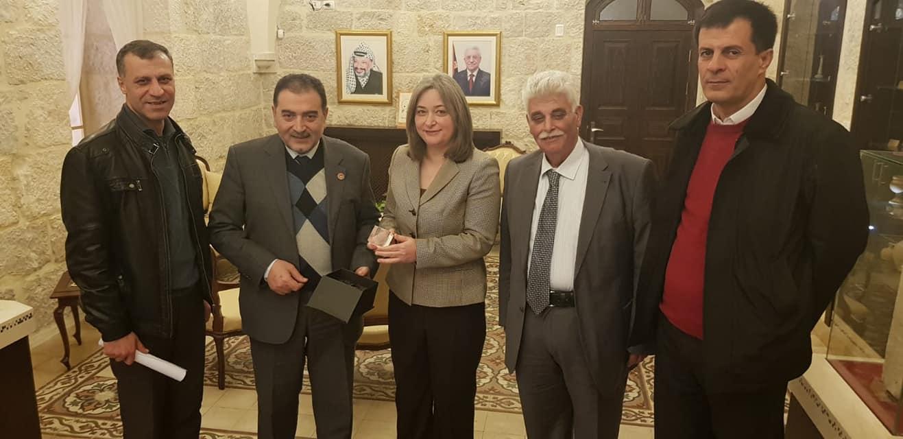 رئيس بلدية قلقيلية يلتقي وزيرة السياحة والاثار