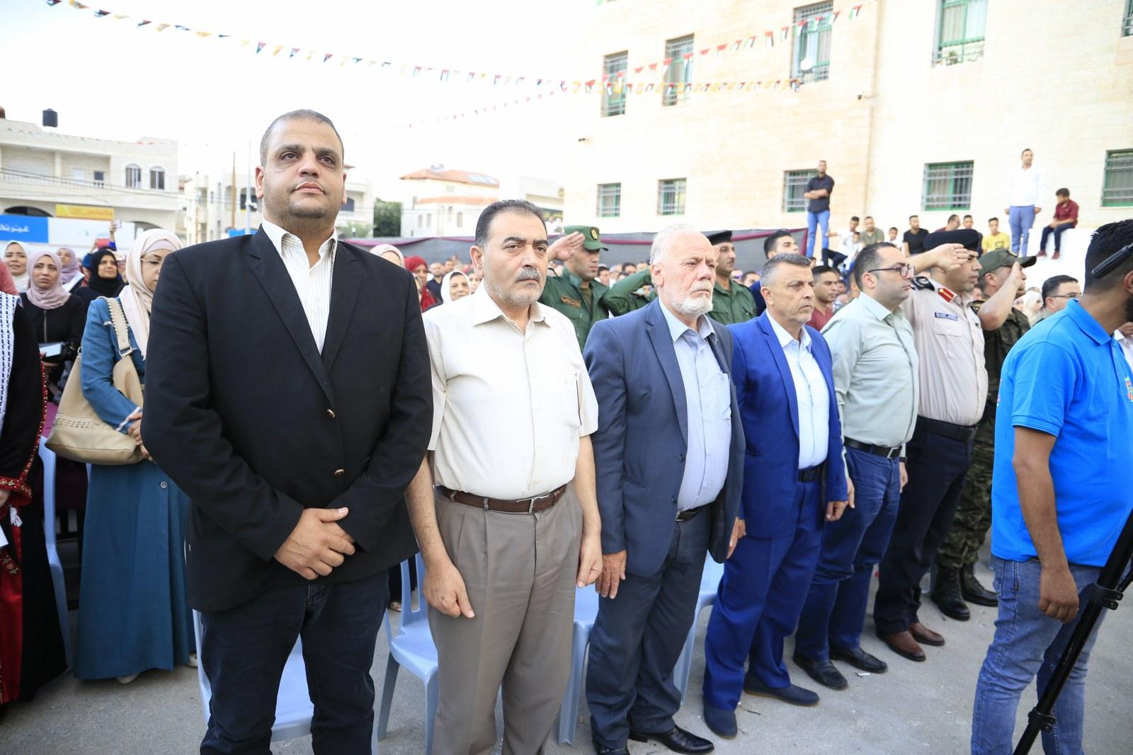 رئيس البلدية يشارك في حفل التخريج السنوي لطلبة جامعة القدس المفتوحة